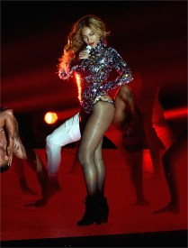 Beyoncè in Tom Ford